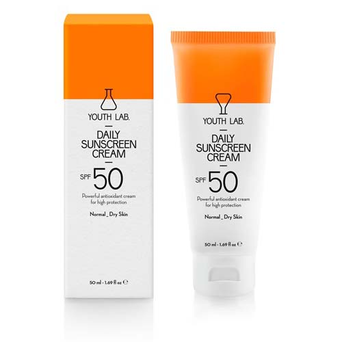Daily-Sunscreen-Cream-Spf-50-Pa-Normal-_Dry-Skin-enlarge
