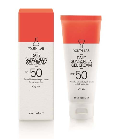 Daily-Sunscreen-Gel-Cream-Spf-50-Pa-Oily-Skin-enlarge